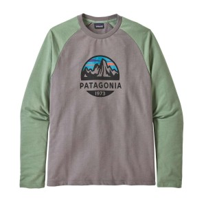 Bluza Drumetie Barbati Patagonia Fitz Roy Scope Lightweight Crew Sweatshirt Feather Grey w/Ellwood Green (Gri)