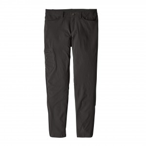 Pantaloni Femei Hiking Patagonia Skyline Traveler - Short Negru
