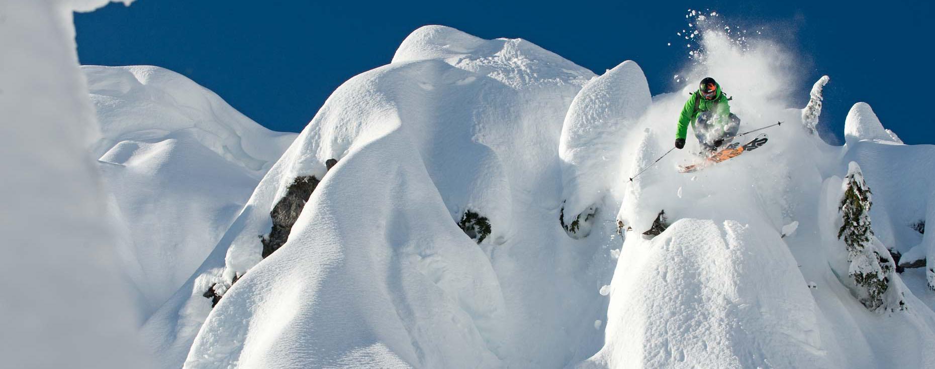 Cum îți alegi schiurile în funcție de dimensiune, forma, radius, flex