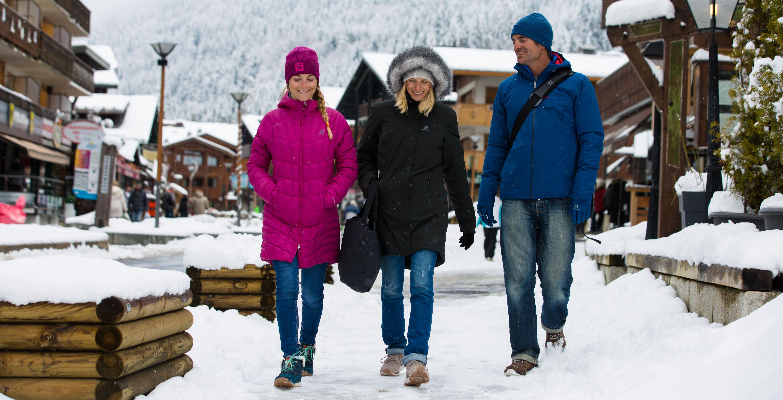 Îmbrăcăminte de iarnă de munte pe care o poți folosi în oraș